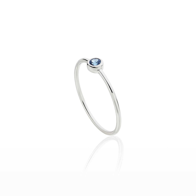Δαχτυλίδι Gems από λευκό χρυσό 18Κ με μπλε ζαφείρι