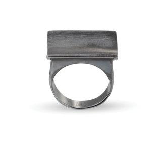 Δαχτυλίδι από μαύρο επιροδιωμένο ασήμι 925°